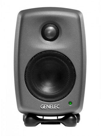 Genelec 8010AP közeltéri stúdiómonitor matt fekete színben