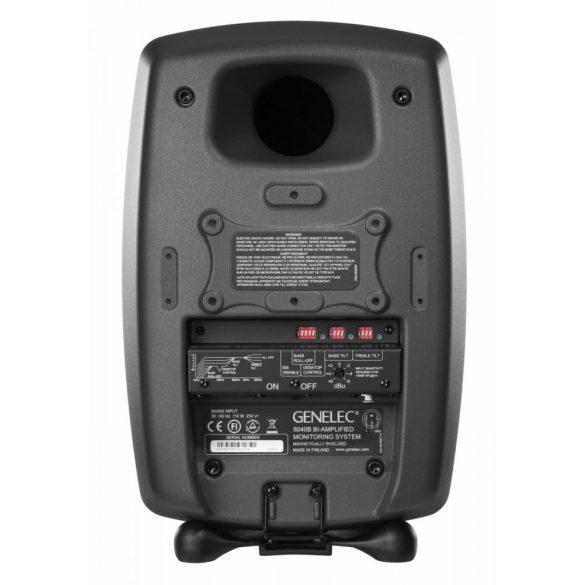 Genelec 8040BPM stúdiómonitor matt fekete színben