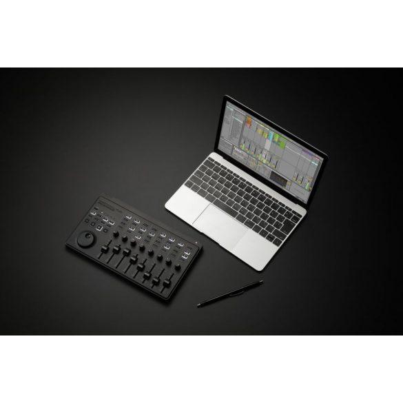 KORG nanokontrolSTUDIO, USB kontroller, kiterjesztett funkciókkal