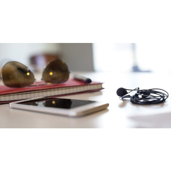 """Shure MOTIV MVL csíptetős mikrofon okostelefonokhoz (1/8"""" 4p jack, Apple és Android)"""