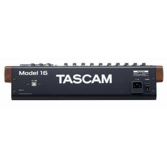 Tascam Model 16,analóg keverő, 16 sávos SD-felvevő és USB-interfész