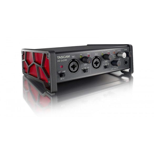 Tascam US-2x2HR, Ultra-HDDA mikrofon előfokok, ultra alacsony zajszinttel, 2 be- és 2 kimenet, 192kHz/24-bit, IOS kompatibilitás