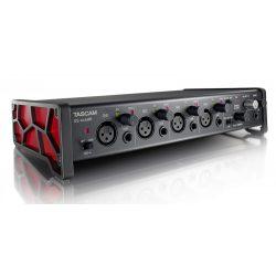 Tascam US-4x4HR, Ultra-HDDA mikrofon előfokok, ultra alacsony zajszinttel, 4 be- és 4 kimenet, 192kHz/24-bit, IOS kompatibilitás